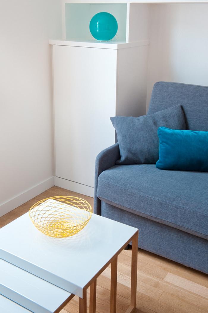 Декоративные элементы в интерьере маленькой квартиры-студии