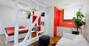 Интерьер студии в красно-белом цвете