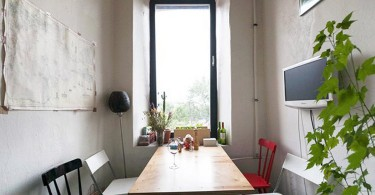 Интерьер узкой столовой в светлых тонах