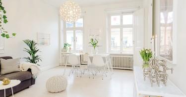 Интерьер столовой в белоснежной гамме