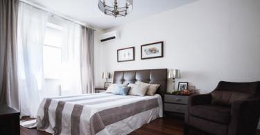 Интерьер роскошной небольшой спальни