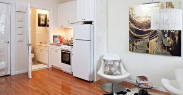 Интерьер небольшой квартиры в белом цвете