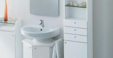 Дизайн маленькой ванной в белом цвете