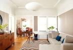 Функциональный интерьер светлой гостиной