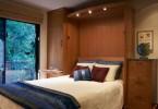 Кровать Murphy в маленькой спальне