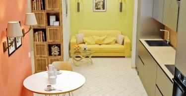 Стены разных цветов в интерьере гостиной
