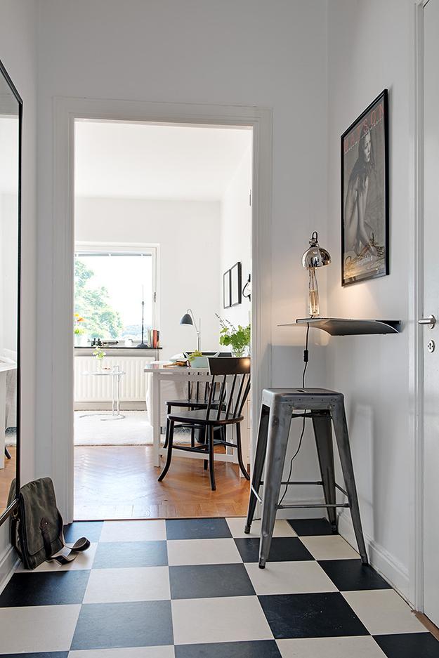 Одна цветовая гамма в интерьере малогабаритной квартиры