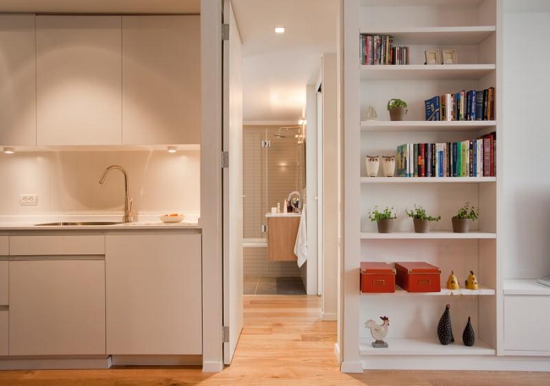 Вход из кухни в ванную