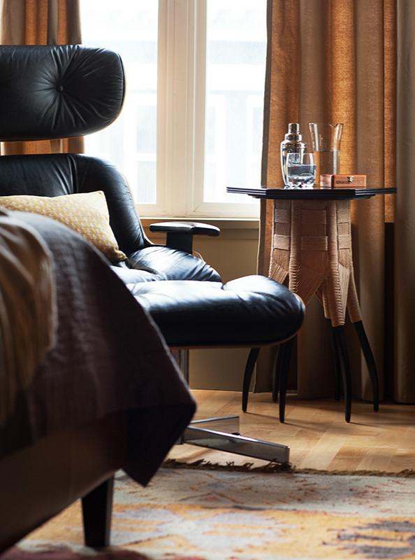 Лаундж-кресло в спальне