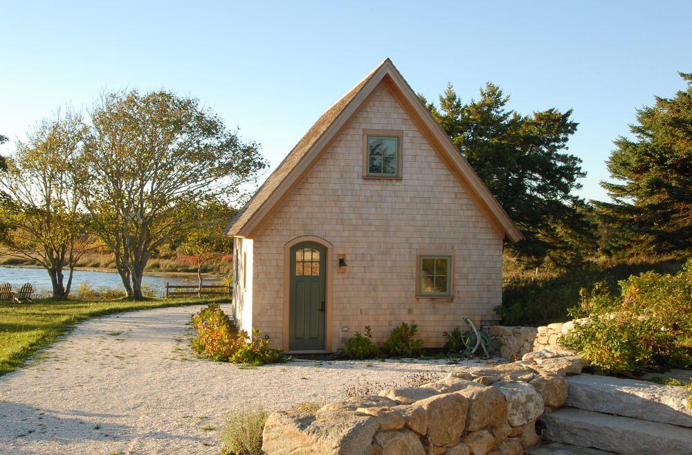 Внешний вид маленького дома
