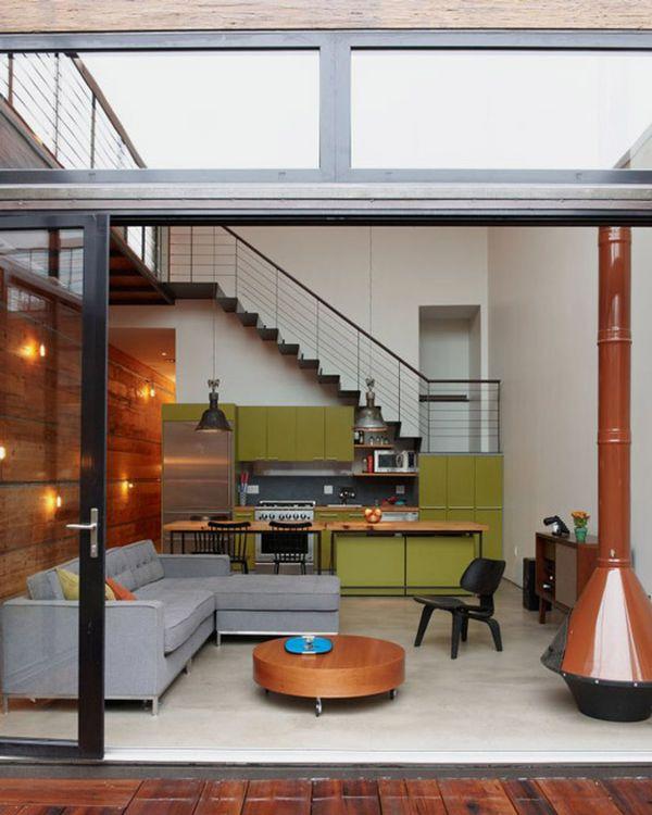 Контраст оливкового и терракотового цветов в гостиной