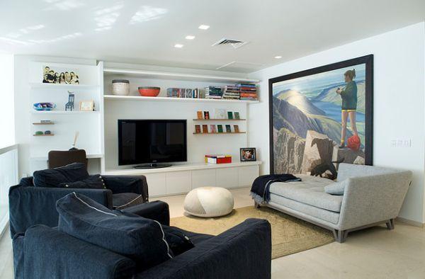 Фэнтези-картины на стенах в гостиной