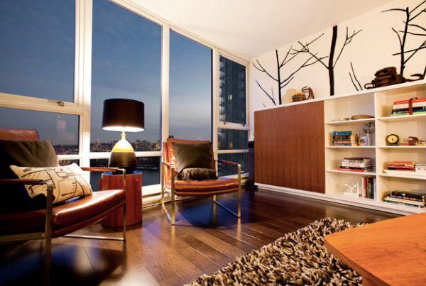 Небольшая уютная видовая гостиная