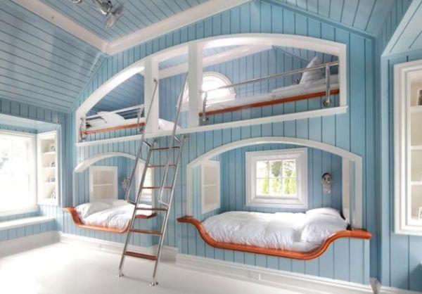 Кровати для маленьких принцесс в детской