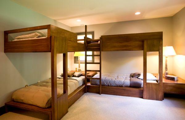 Двухуровневые кровати для номера отеля