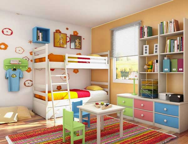 Яркая разноцветная детская комната
