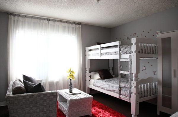 Элегантная спальня в белом цвете
