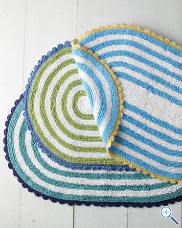 Полосатые коврики для ванной