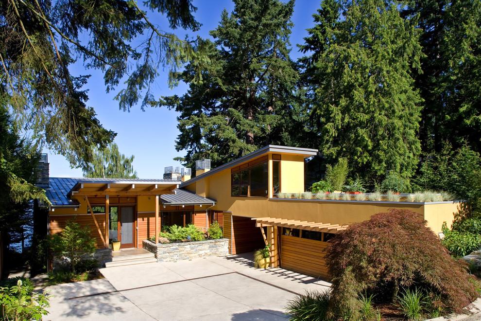 Загородный дом с гаражом и паркингом