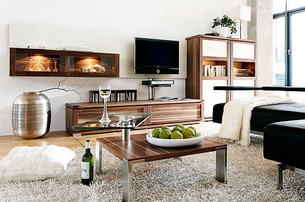 Интерьер стильной гостиной в светлых тонах