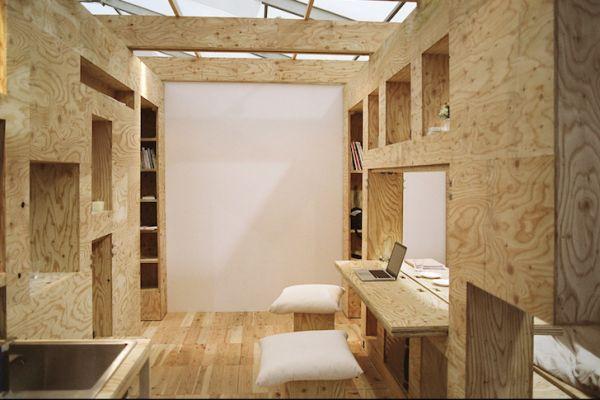 Кабинет квартиры с трансформируемой мебелью