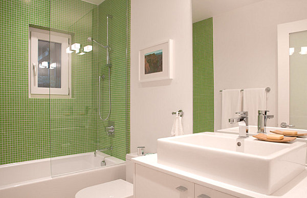 Интерьер небольшой ванной комнаты
