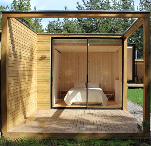 Спальня в деревянном модульном доме
