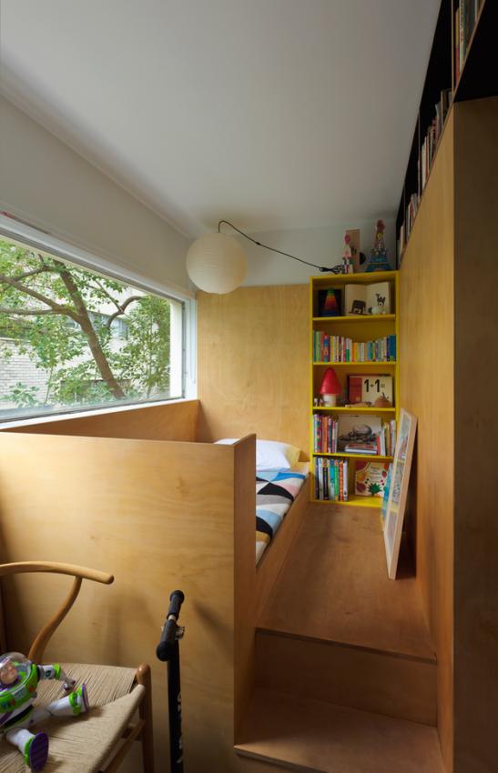 Детская в маленькой квартире-студии