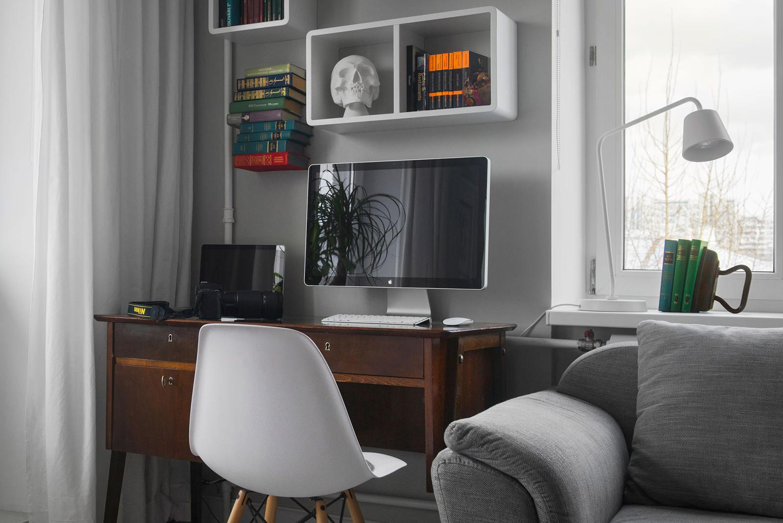 Домашний кабинет квартиры-студии в хрущёвке