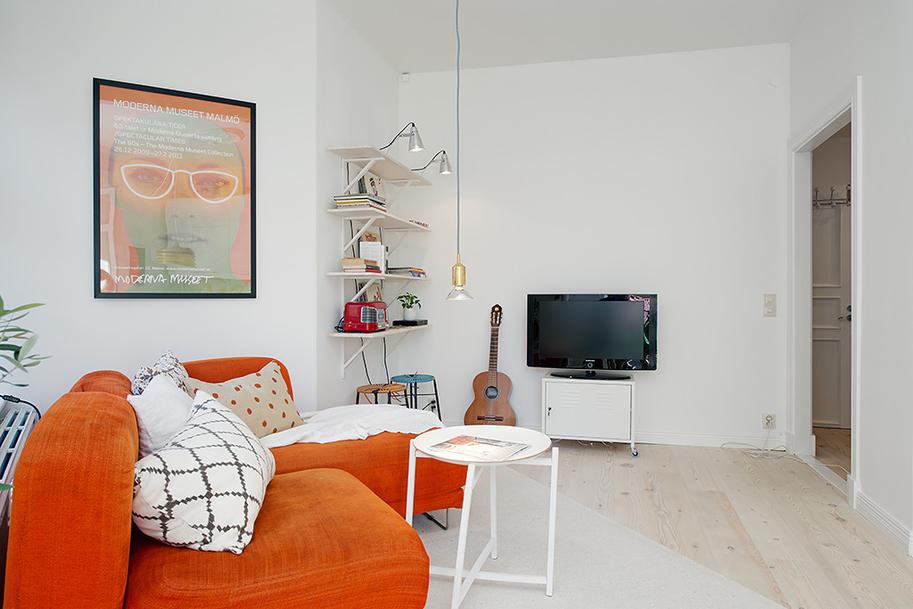 Гостиная однокомнатной квартиры в Гётеборге