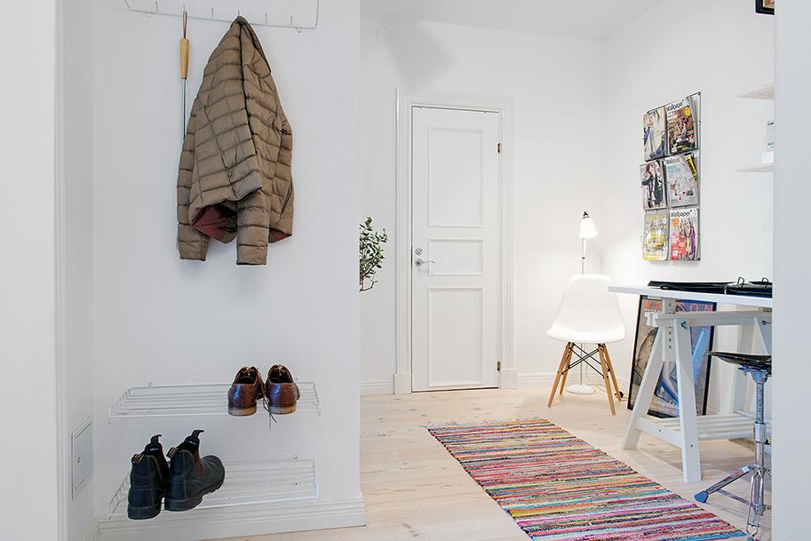 Прихожая однокомнатной квартиры в Гётеборге