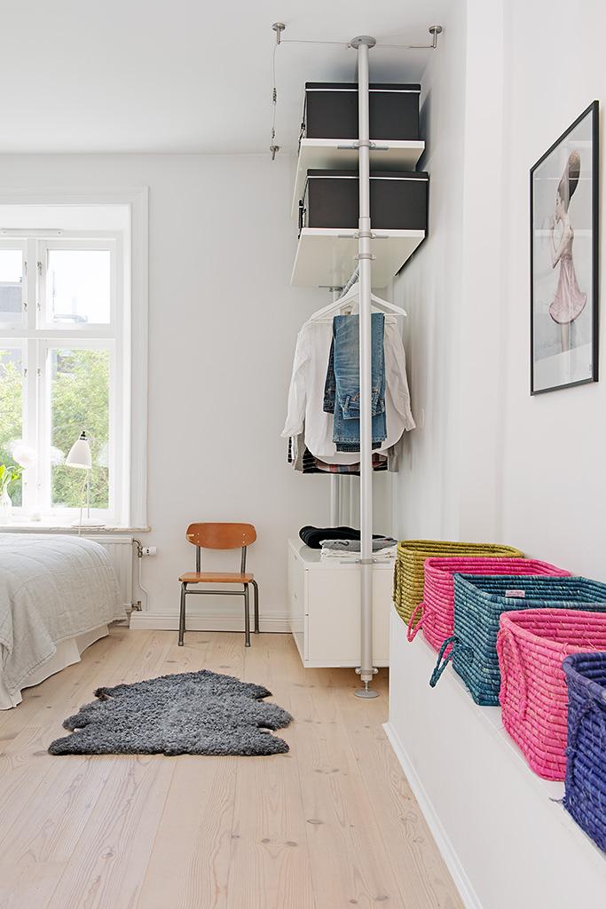 Спальня однокомнатной квартиры в Гётеборге