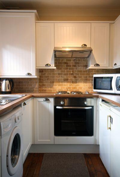 Интерьер кухни П-образной формы