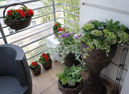 Оформление маленького балкона в хрущёвке