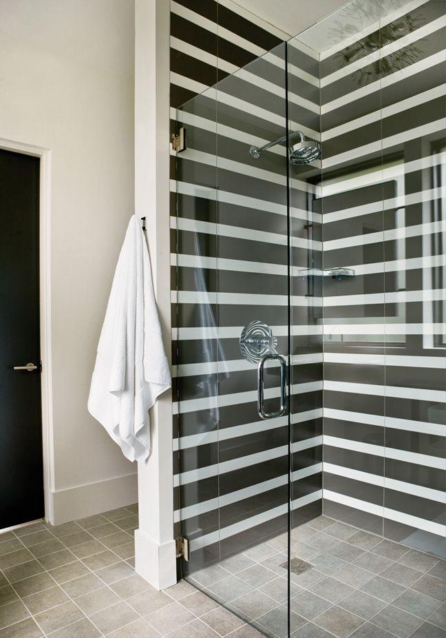 Превосходный дизайн интерьера маленькой ванны