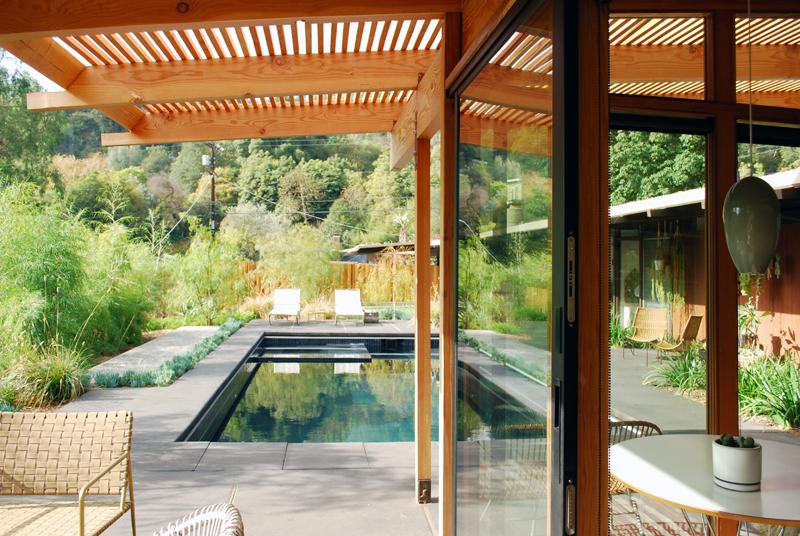 Дизайн небольшого дома с террасой