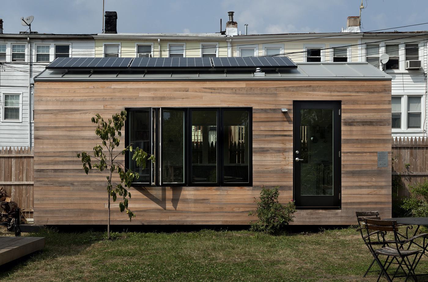 Фасад крошечного дома - фото 2