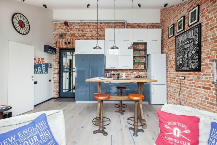 Маленькая кухня совмещенная с гостиной