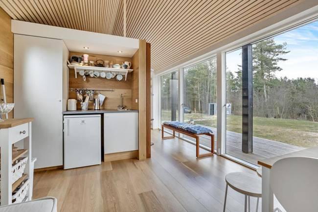 Дизайн кухни в маленьком частном доме