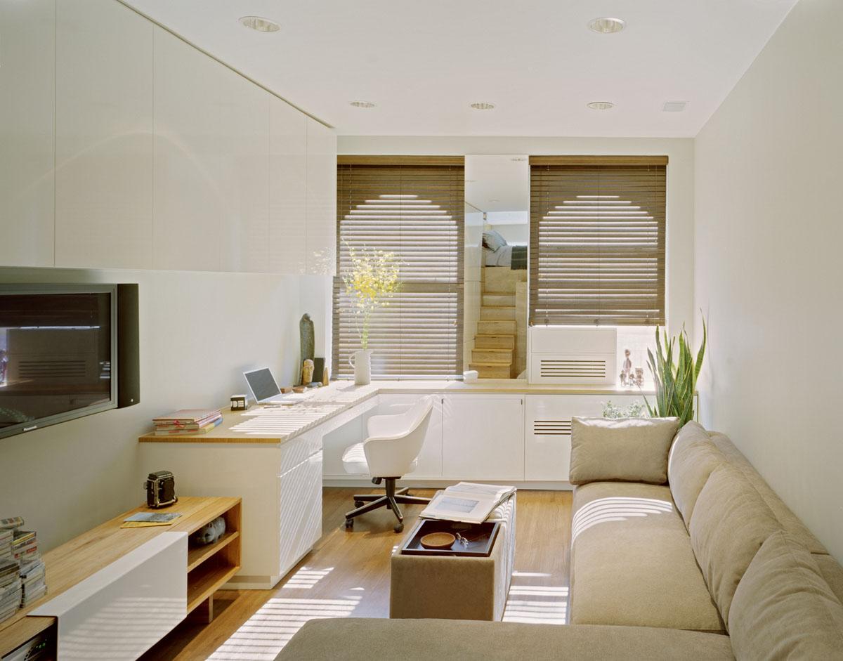 Гостиная маленькой квартиры-студии в Нью-Йорке