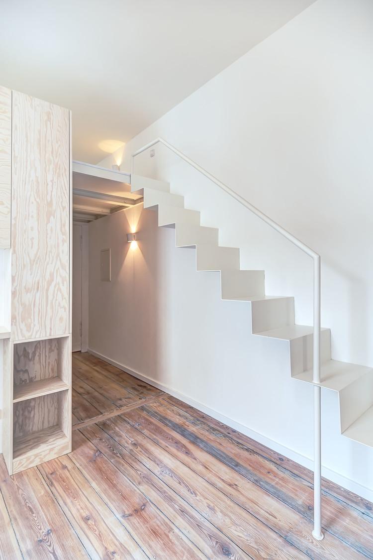 Лёгкая лестница на второй уровень