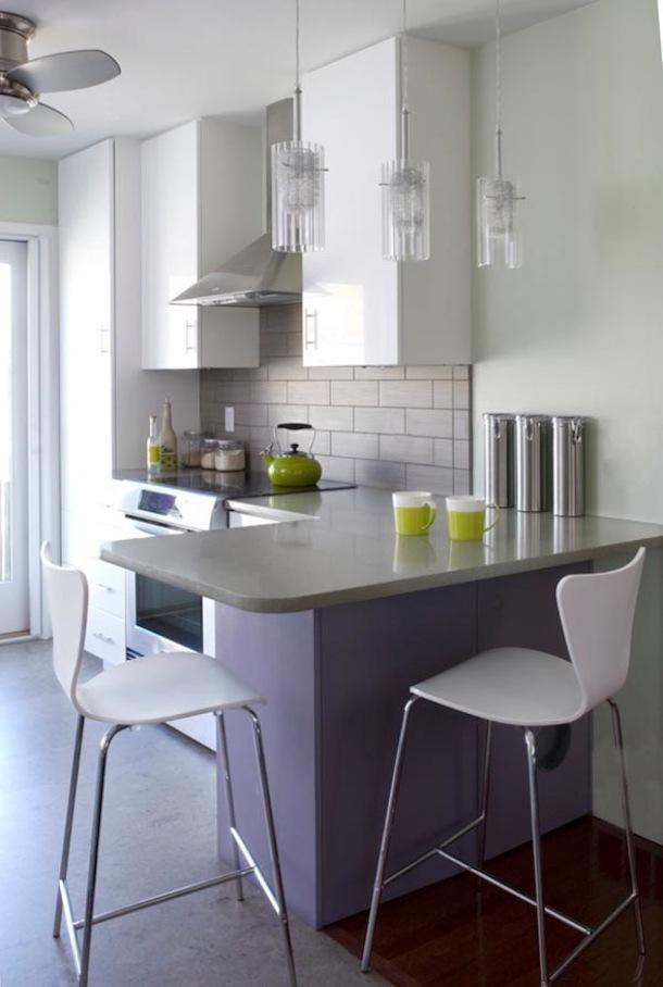 Кухня с зоной для завтрака