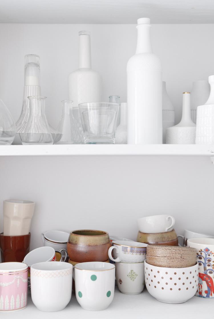 Открытые полки для посуды