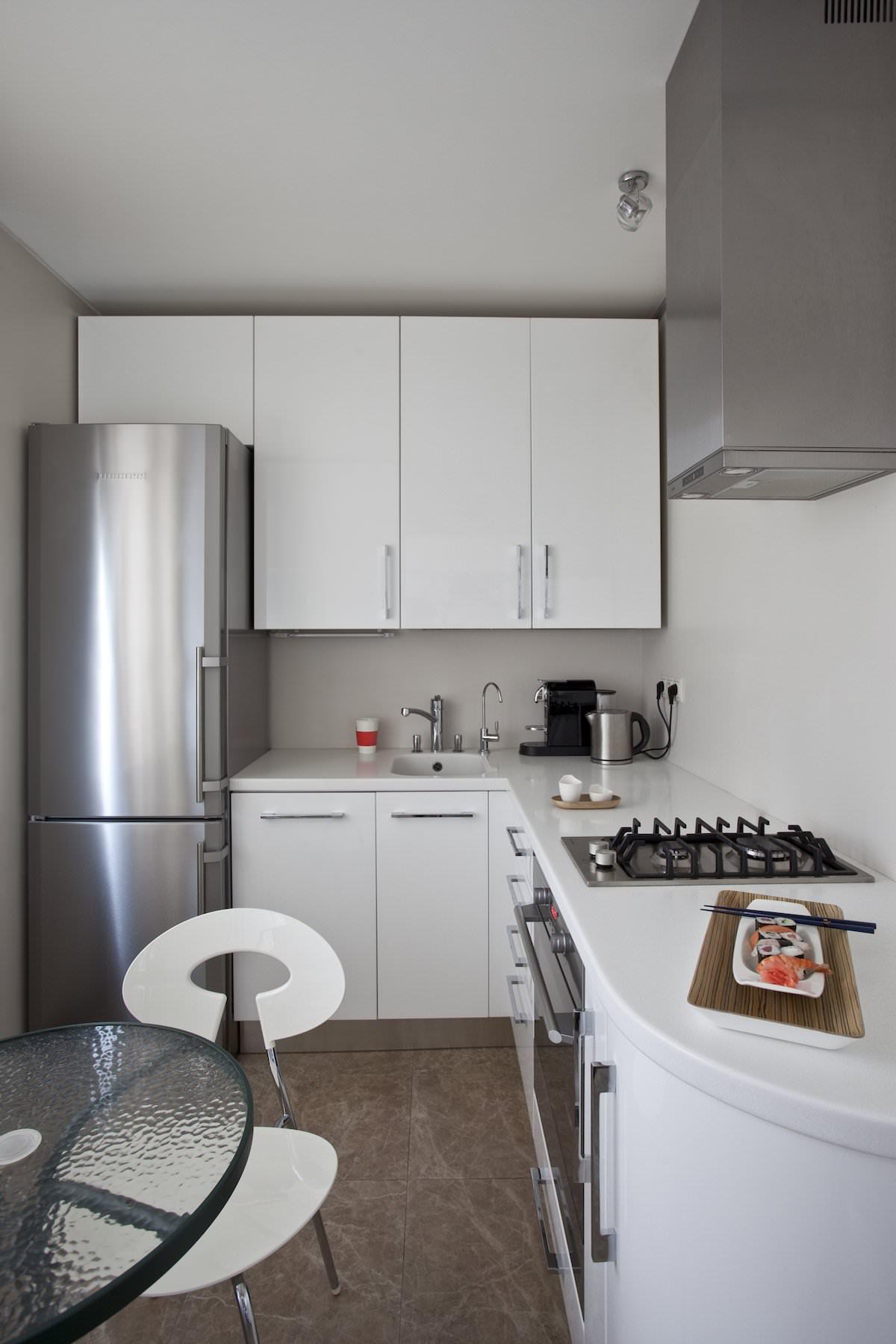 Кухня стильной квартиры в Москве