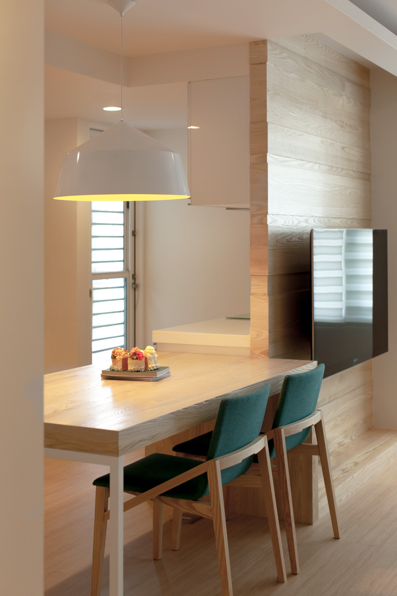 Яркие акценты в интерьере трёхкомнатной квартиры