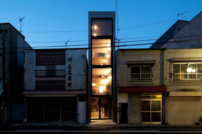 Дизайн узкого дома от японских архитекторов