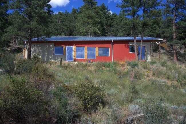 Дом для холодного климата в Колорадо. Вид издали