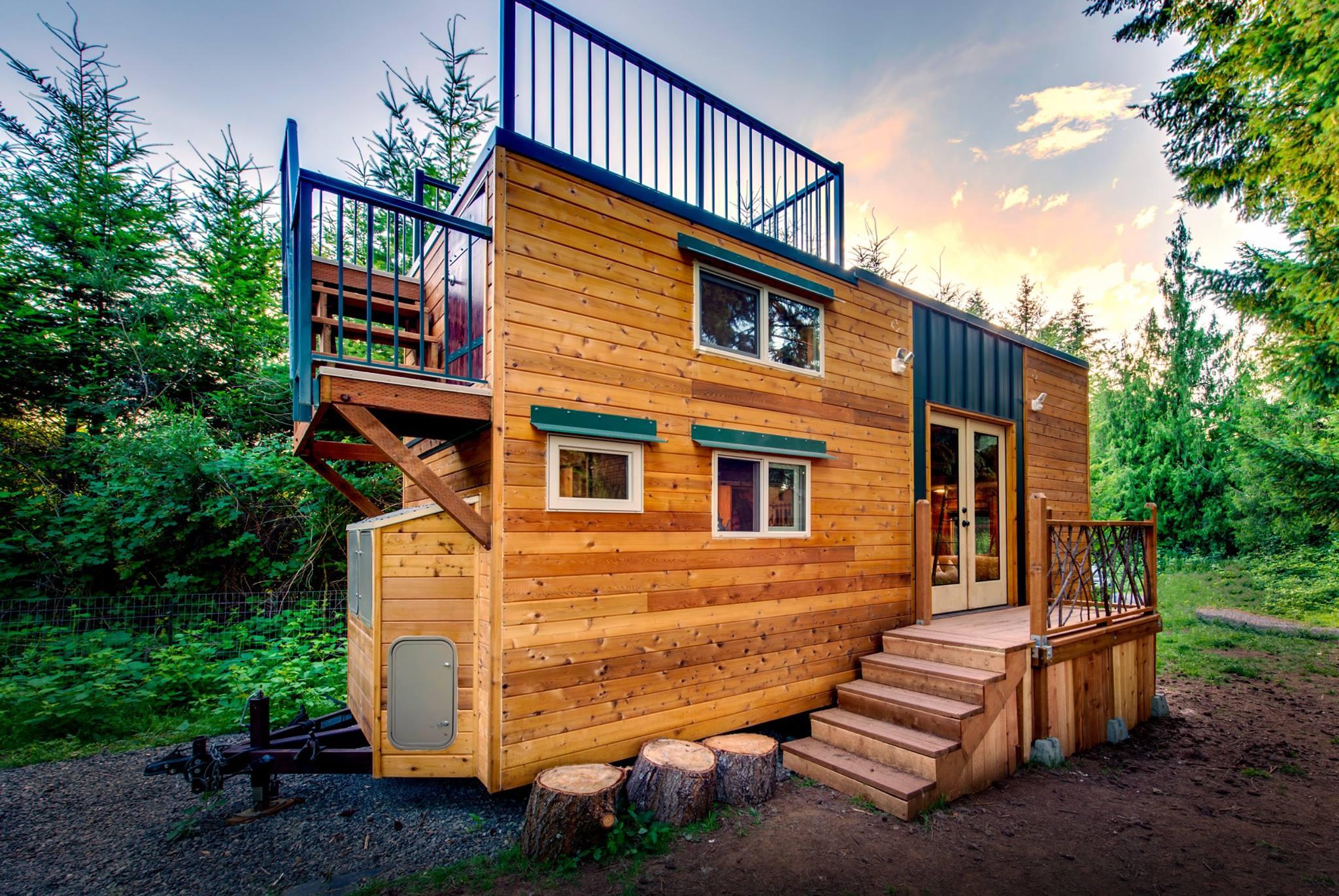 Деревянный дом для семьи с питомцами