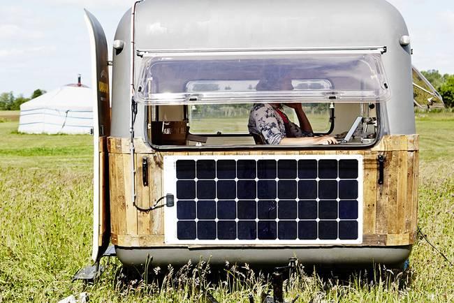 Дом фургон на колёсах: необычный офис