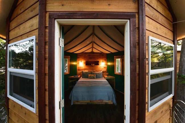 Дом на дереве для отдыха от ArtisTree. Спальня с отдельным входом